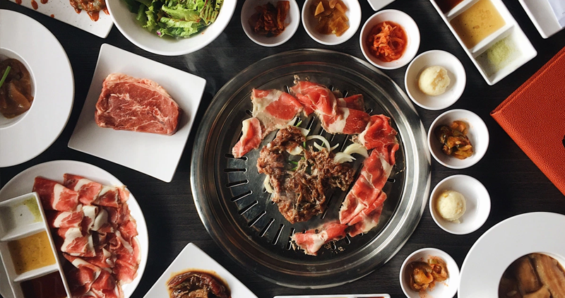 EASY-ROCK-MANILA-FOOD-ARTICLE-10-26-2018-10-KINDS-OF-PEOPLE-IN-A-SAMGYEOPSAL-TABLE-1